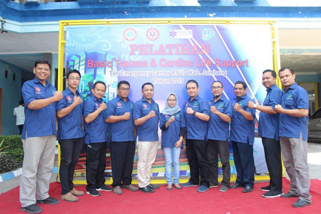 Team Emergency RSUD Kab. Jombang memberikan Pelatihan di Stikes ICME Jombang